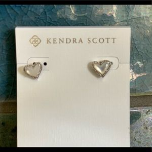 Kendra Scott heart studs